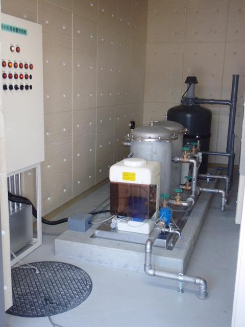 雨水浄化処理装置を導入、定期点検を実施中 (雨水ろ過装置)